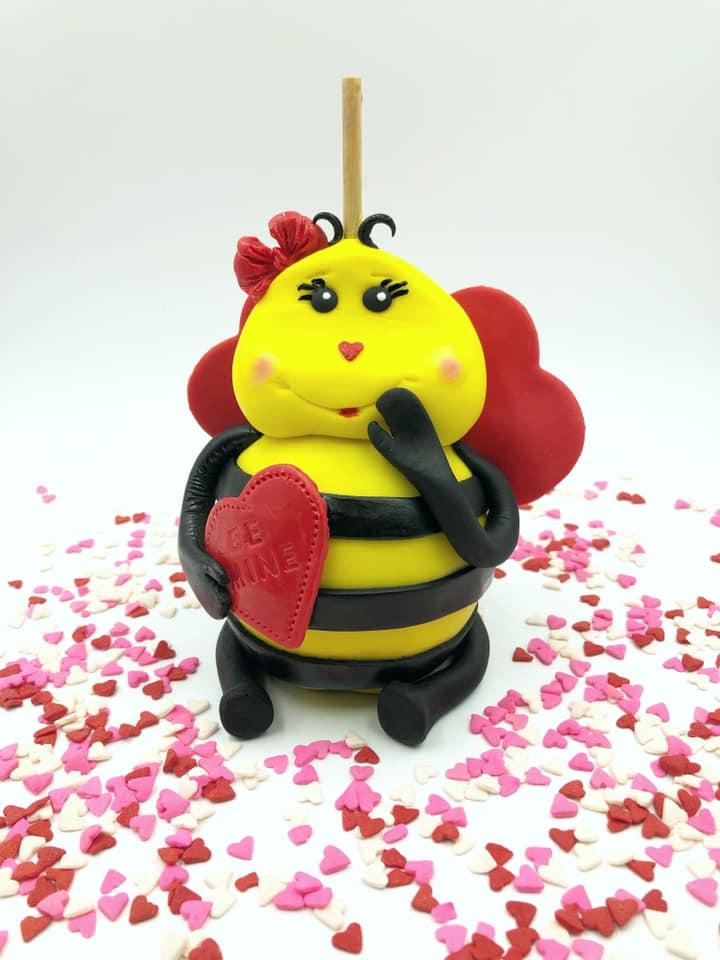 Roshell Ingraham Bee Apple 1