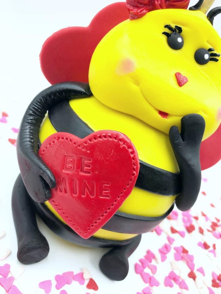 Roshell Ingraham Bee Apple 3